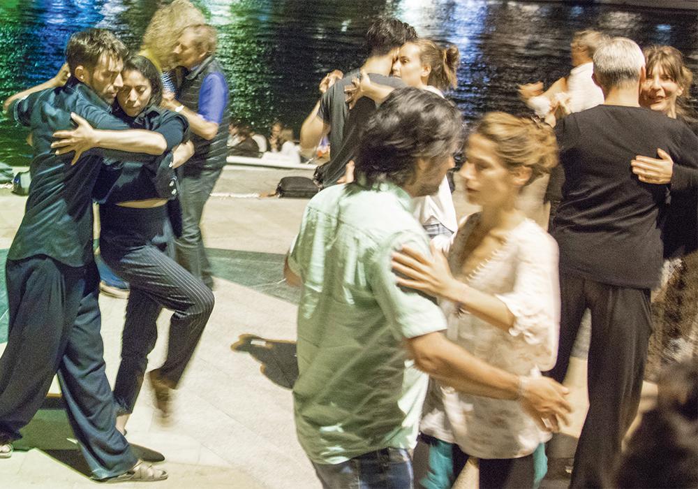 On ne devient pas un grand danseur de Tango par la technique. C'est la passion, la capacité à oser se laisser emporter qui fait les meilleurs Tangueros.