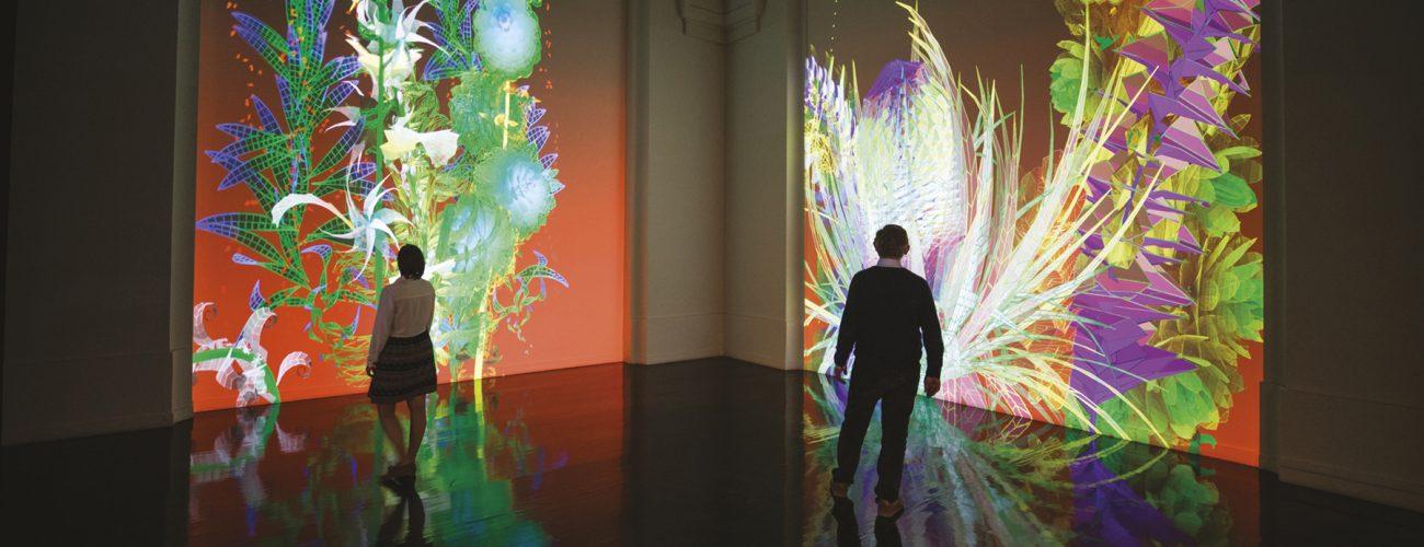 Extra-Natural 2018, Miguel Chevalier. Oeuvre de réalité virtuelle générative et interactive qui fait entrer le visiteur dans un autre monde.