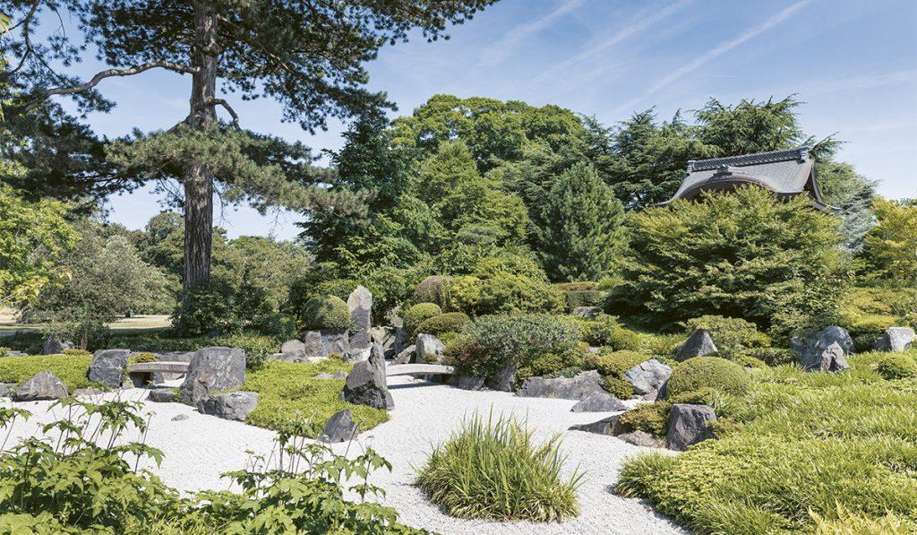 Jardin japonais. L'arche a été créée en 1910 dans un style architectural inspiré du XVIe siècle