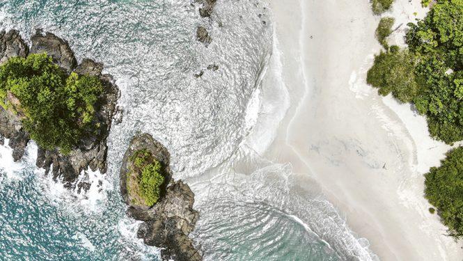 Les luxuriantes forêts du Costa Rica ont servi de décor à Jurassic Park. Le succès de ce fi lm a été un énorme coup de pub pour ce pays pacifi que et discret. © Atanas Malamov