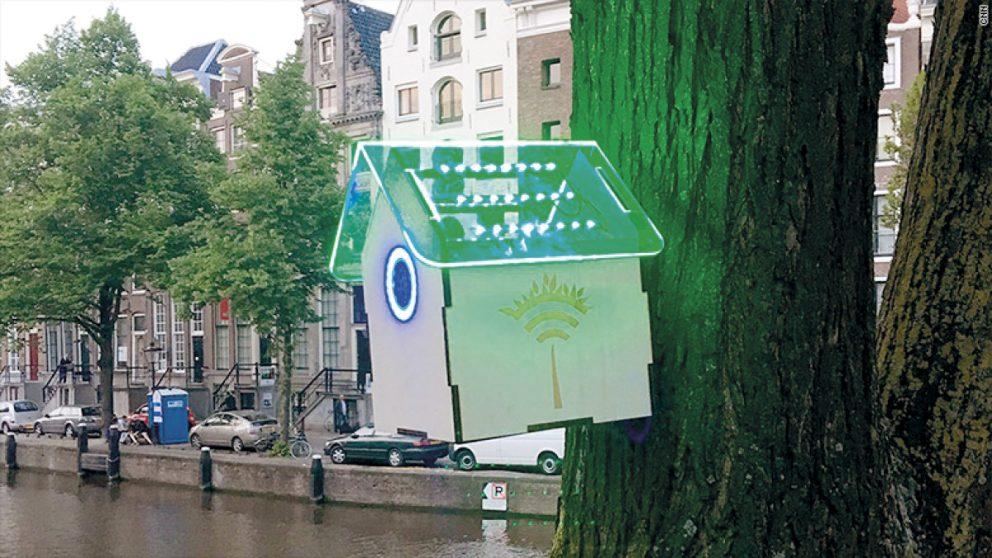 La niche s'allume en vert : la qualité de l'air est assez bonne pour permettre l'accès au Wi-Fi gratuit.