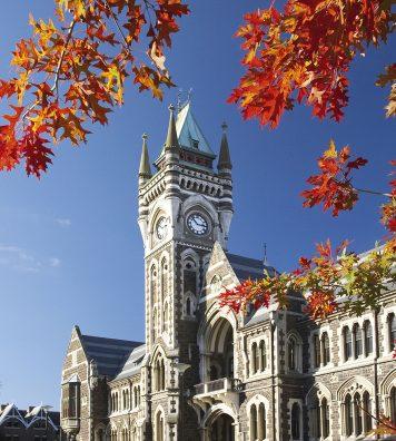 Dunedin. L'Université d'Otago est la plus ancienne du pays.