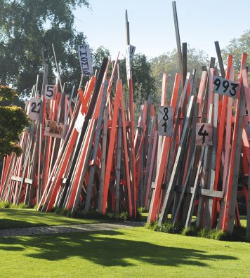 En 2011, l'installation « My Home My House My Stilthouse » prenait place dans le parc des sculptures. L'artiste Arne Quinze dénonce ici l'absurdité des frontières comme des barrières que les gens dressent entre et autour d'eux.