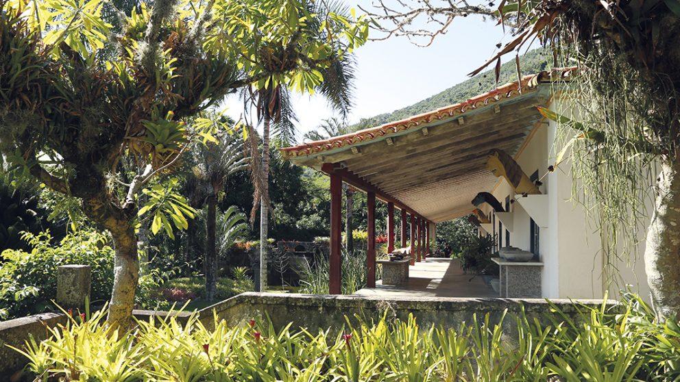 La maison où Roberto Burle Marx a passé une bonne partie de sa vie d'artiste. Il cultivait dans cette ancienne bananeraie, achetée en 1949, des plantes inconnues jusqu'alors.