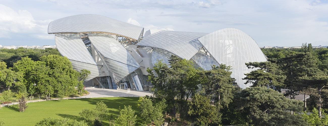 L'architecture épouse la nature. La Fondation Louis Vuitton vue du Jardin d'Acclimatation.