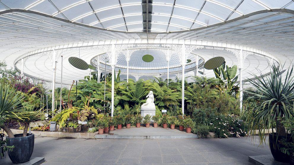 Le Crystal Art Palace de Glasgow. Jeux de courbes et de contre-courbes sur la rotonde de 45 mètres de diamètre pour une des plus belles serres au monde.