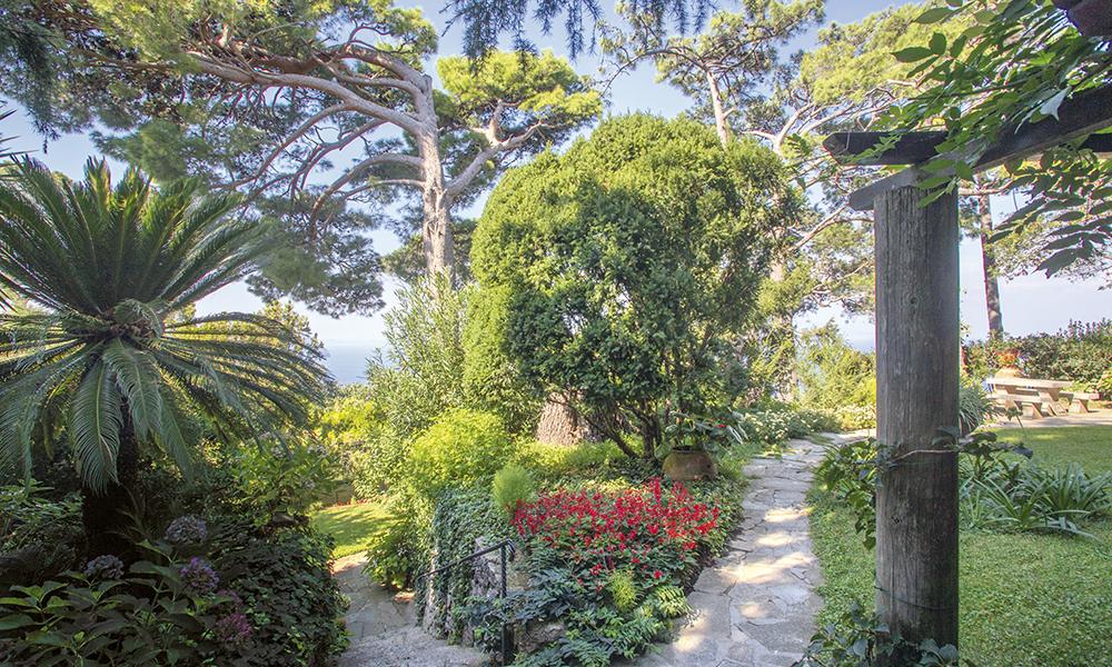Le jardin de la Villa San Michele. Il a reçu le prix du plus beau jardin d'Italie en 2014.