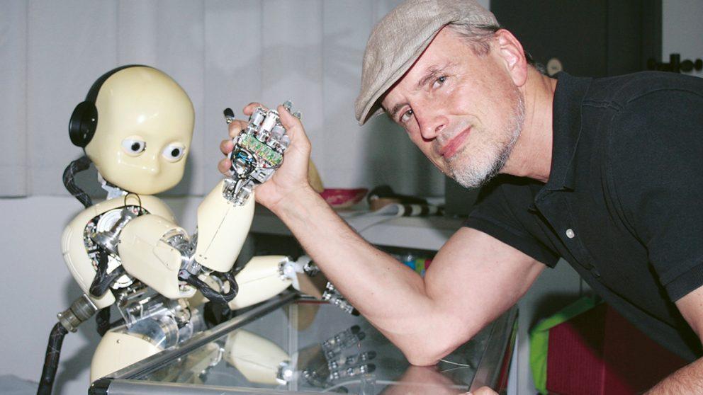 Jürgen Schmidhuber imagine un futur où le robot serait le meilleur ami de l'homme.