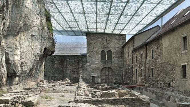 Site archéologique du Martolet. S'y superposent les ruines d'églises successives construites à partir du IV e siècle.