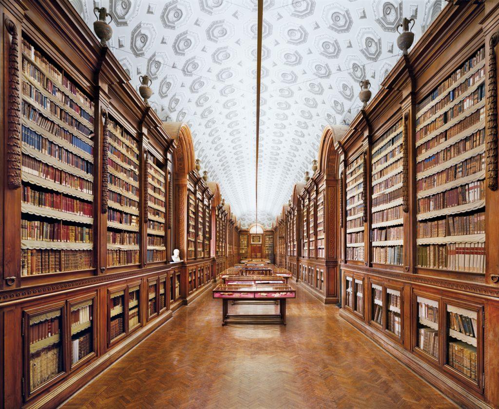 Les livres en images d'Ahmet Ertug. La « Biblioteca Palatina » à Parme.