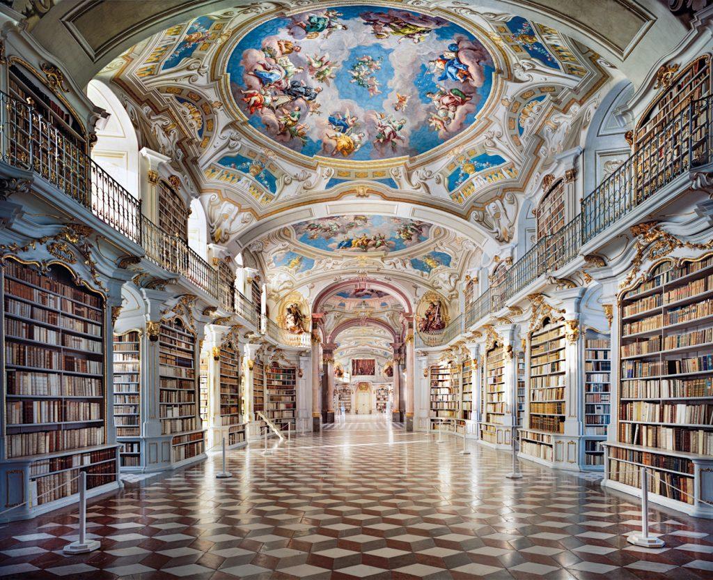 Les livres en images d'Ahmet Ertug. La « Stiftsbibliothek Admont » en Haute-Styrie.