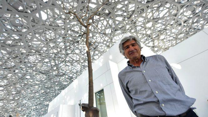 Giuseppe Penone au Louvre Abou Dabi en 2017.
